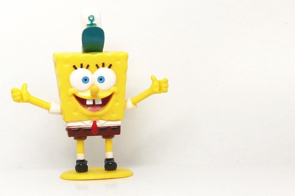 a picture of spongebob squarepants figurine